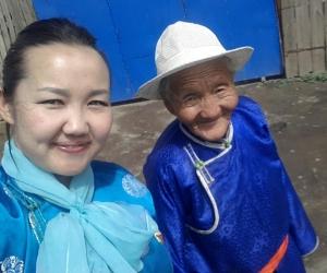 92 настай Хорлоо эмээ саналаа өглөө