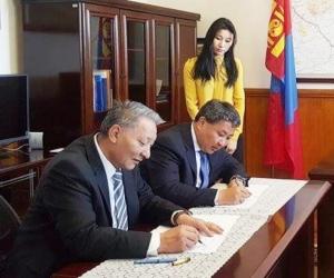 М.Зоригт: Тавантолгойн төмөр замыг Энэтхэгийн санхүүжилтээр монголчууд өөрсдөө барина