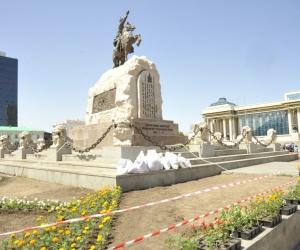 Чингисийн талбайн зүүн талын замыг 3 хоног хаана