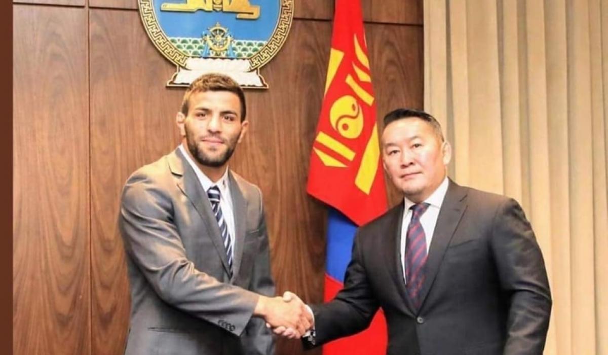 Саид Моллаей Монгол Улсын иргэншил авлаа
