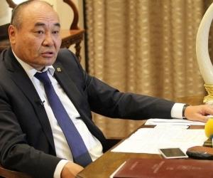 Д.Эрдэнэбат: Оюутолгойн мөнгөн урсгалыг Монголоор дамжуулах дээр намууд нэгдмэл байр суурьтай байх ёстой