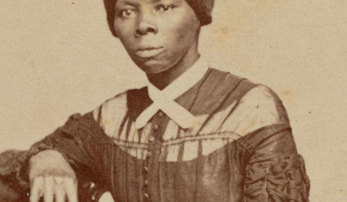 20 долларын дэвсгэрт дээр хар арьст эмэгтэйн зураг байршуулна