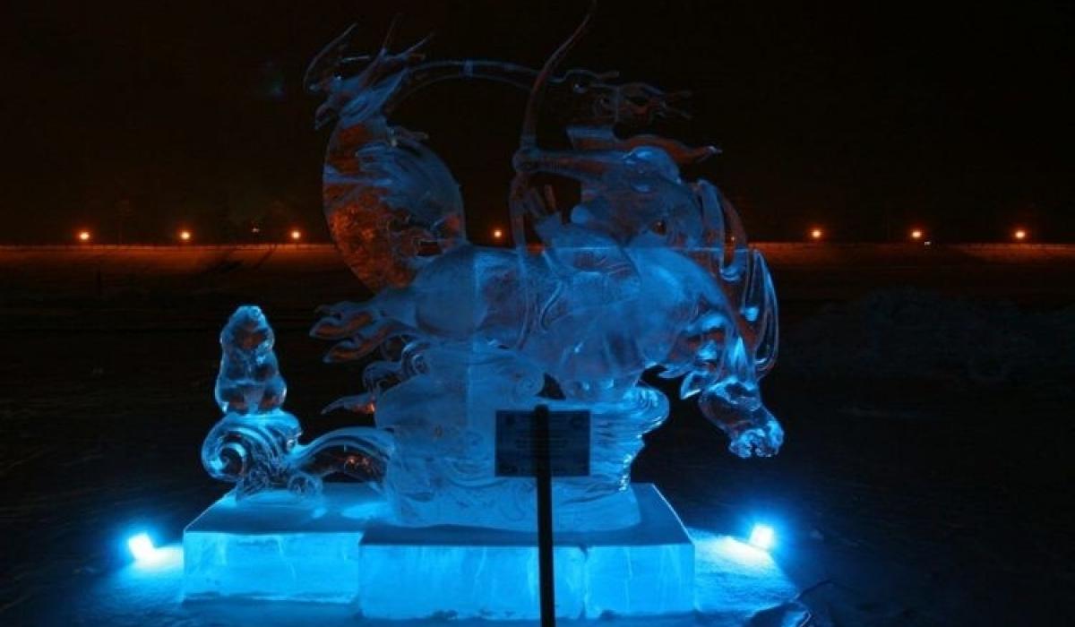 Олон улсын мөсөн баримлын уралдаанд монгол залуус түрүүллээ