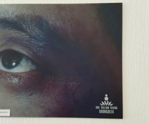 ФОТО: Хүчирхийллийн хохирогчдыг баримтжуулсан үзэсгэлэн нээлтээ хийлээ