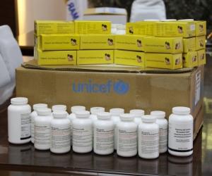 Хөхүүл болон жирэмсэн эмэгтэйчүүдэд 828 сая төгрөгийн тусламж үзүүлжээ