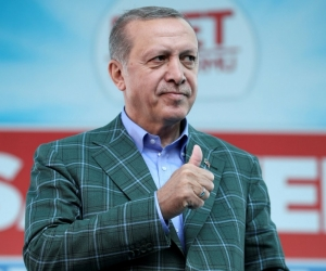 Туркчууд Ерөнхийлөгчийн засаглалд шилжихийг дэмжлээ