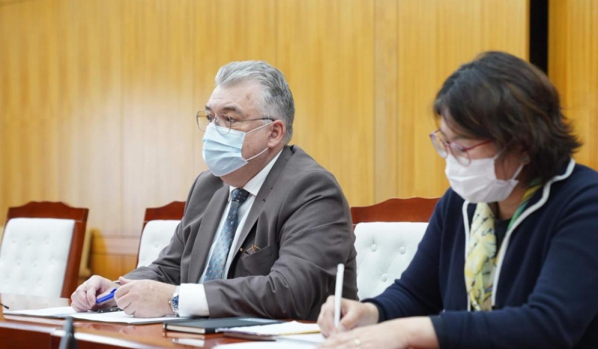 Сергей Диордица: Тусгаарлан эмчлэх байруудыг нэмэгдүүлж, гэртээ нас барахаас сэргийлэх хэрэгтэй