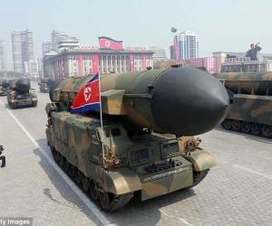 Пхеньян АНУ-ыг гэнэтийн цохилтоор сүрдүүлэв