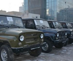 11 аймгийн 15 суманд туулах чадвар сайтай 15 автомашин олгожээ