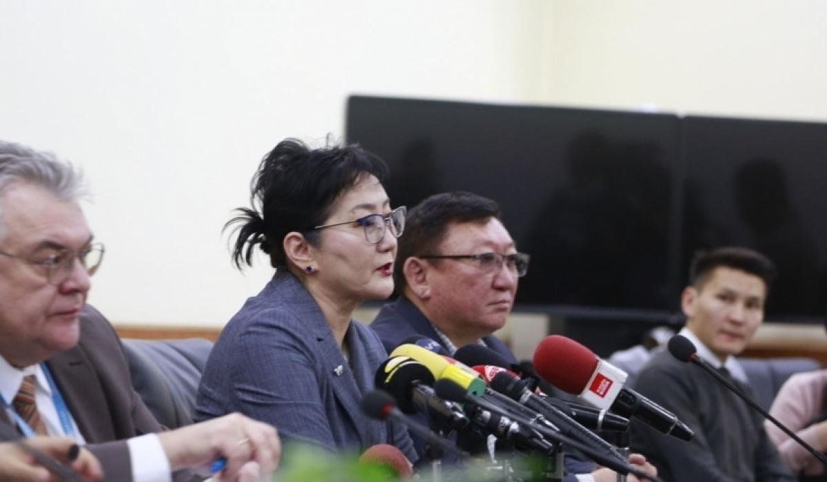 ЭМЯ: Монголд шинэ коронавирус нэвтрэх дунд зэргийн эрсдэлтэй
