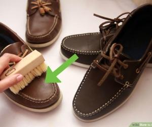 ЗӨВЛӨГӨӨ: Бохирдсон гутлаа ингэж цэвэрлээрэй