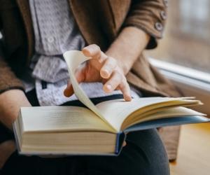 Хүн бүрийн ЗААВАЛ унших ёстой 10 ном