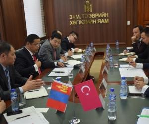 Монгол-Турк улсын тээврийн салбарын хамтын ажиллагааг хөгжүүлнэ