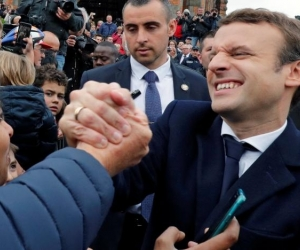 Францын шинэ Ерөнхийлөгч Э.Макрон намыг нь Парламентын сонгуульд олонх болгохыг ард түмнээсээ хүслээ