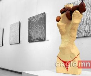 ФОТО: Зураач Х.Содномцэрэн, керамикч У.Одмаа нарын хамтарсан үзэсгэлэн