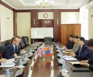 Монгол, Британийн дугуй ширээний уулзалт боллоо