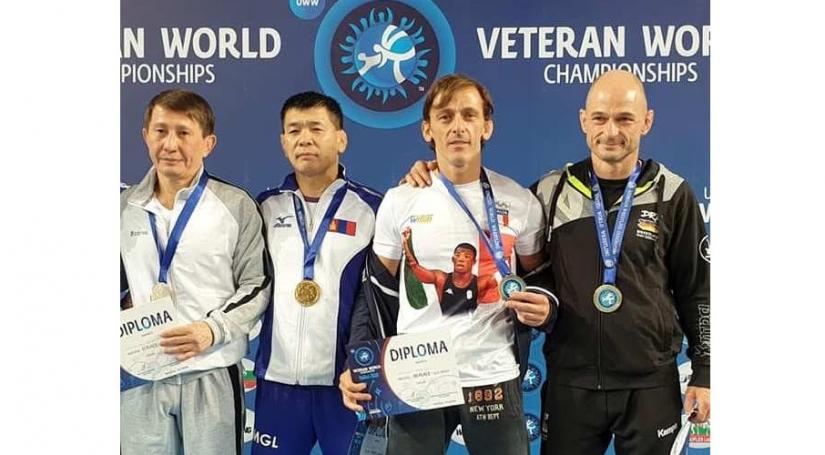 Мастеруудын ДАШТ-ээс Н.Баатар, Д.Бумбаяр нар алтан медаль хүртлээ