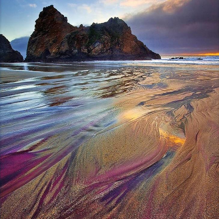 Байгалийн өвөрмөц тогтоц бүхий 15 гайхамшигт далайн эрэг