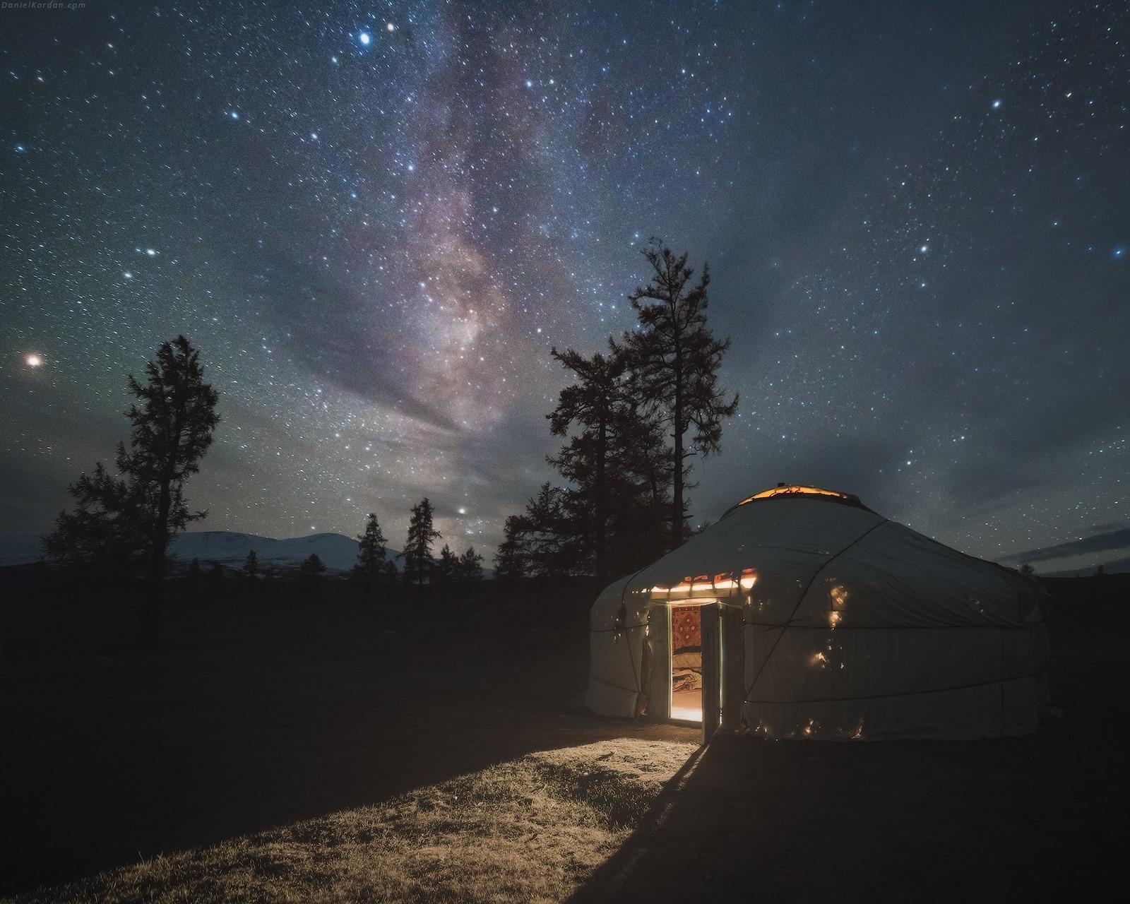 ФОТО: Монголын намар Орос гэрэл зурагчны дуранд