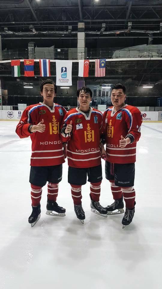 Монголын хоккейн шигшээ багийнхан ээлжит ялалтаа байгууллаа