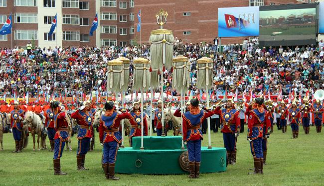 Дэлхийд ганцхан Монгол наадам
