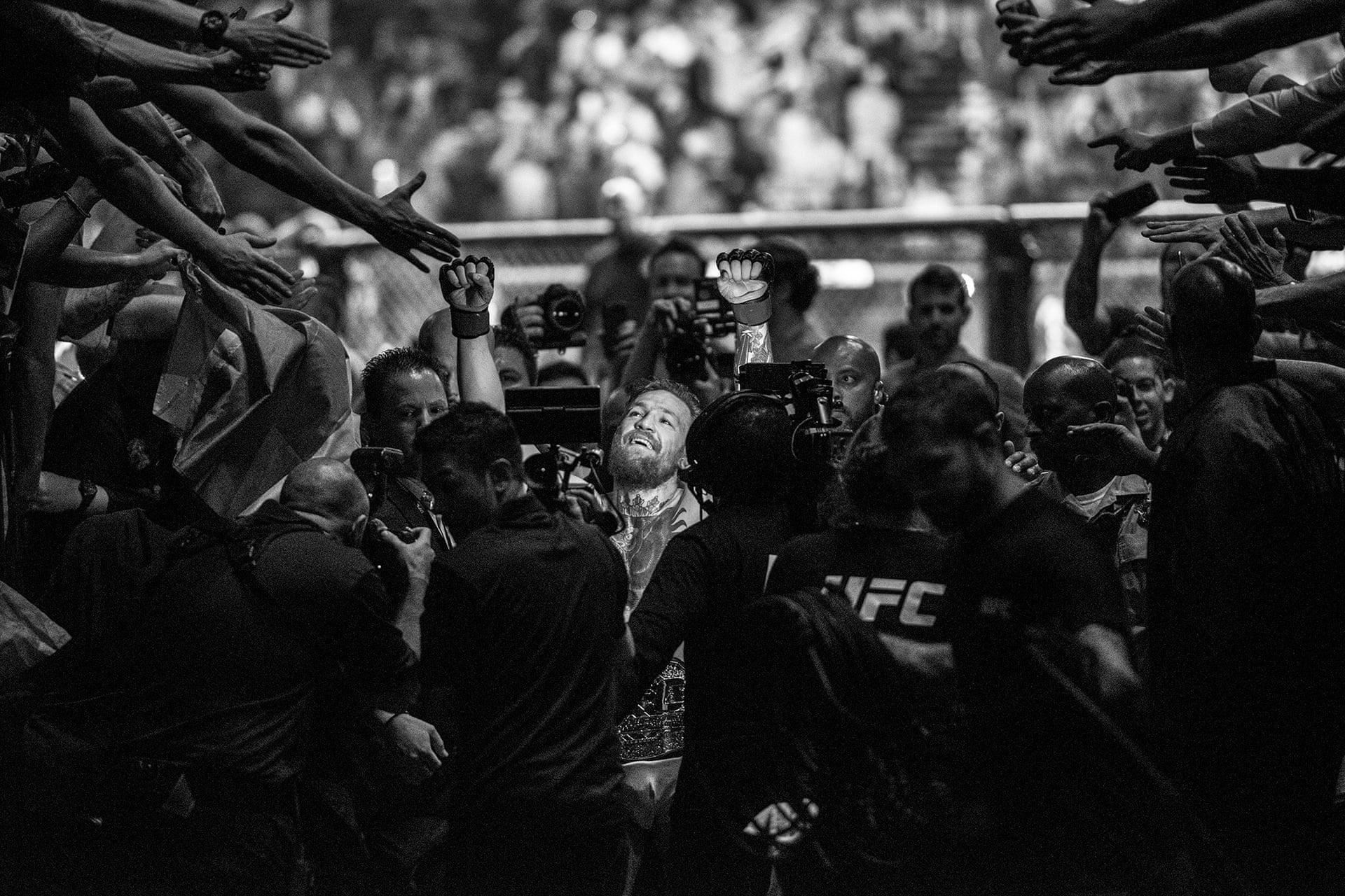 Өвдөлт, хөлс, инээмсэглэл: Спортын шилдэг гэрэл зургууд