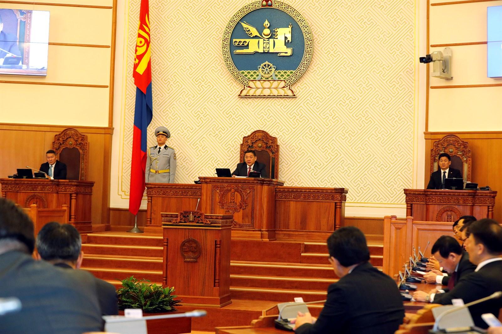 М.Энхболд: УИХ-ын гишүүний ёс зүй Монгол төрийн нүүр царай болдгийг ухаарцгаая