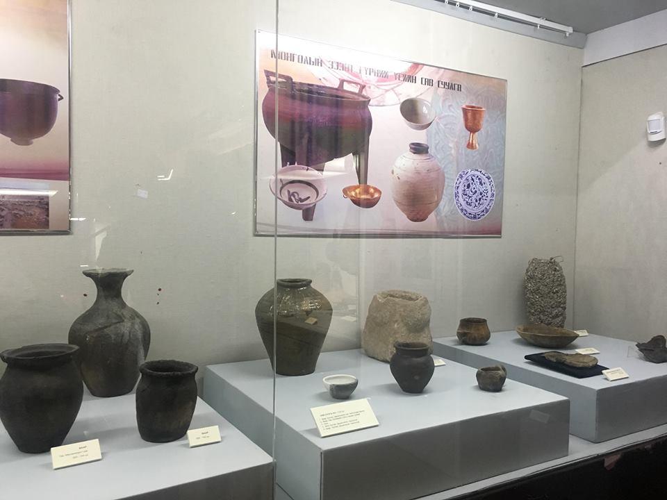 """на """"монгольские традиционные блюда на"""" пионеры через введение выставки"""