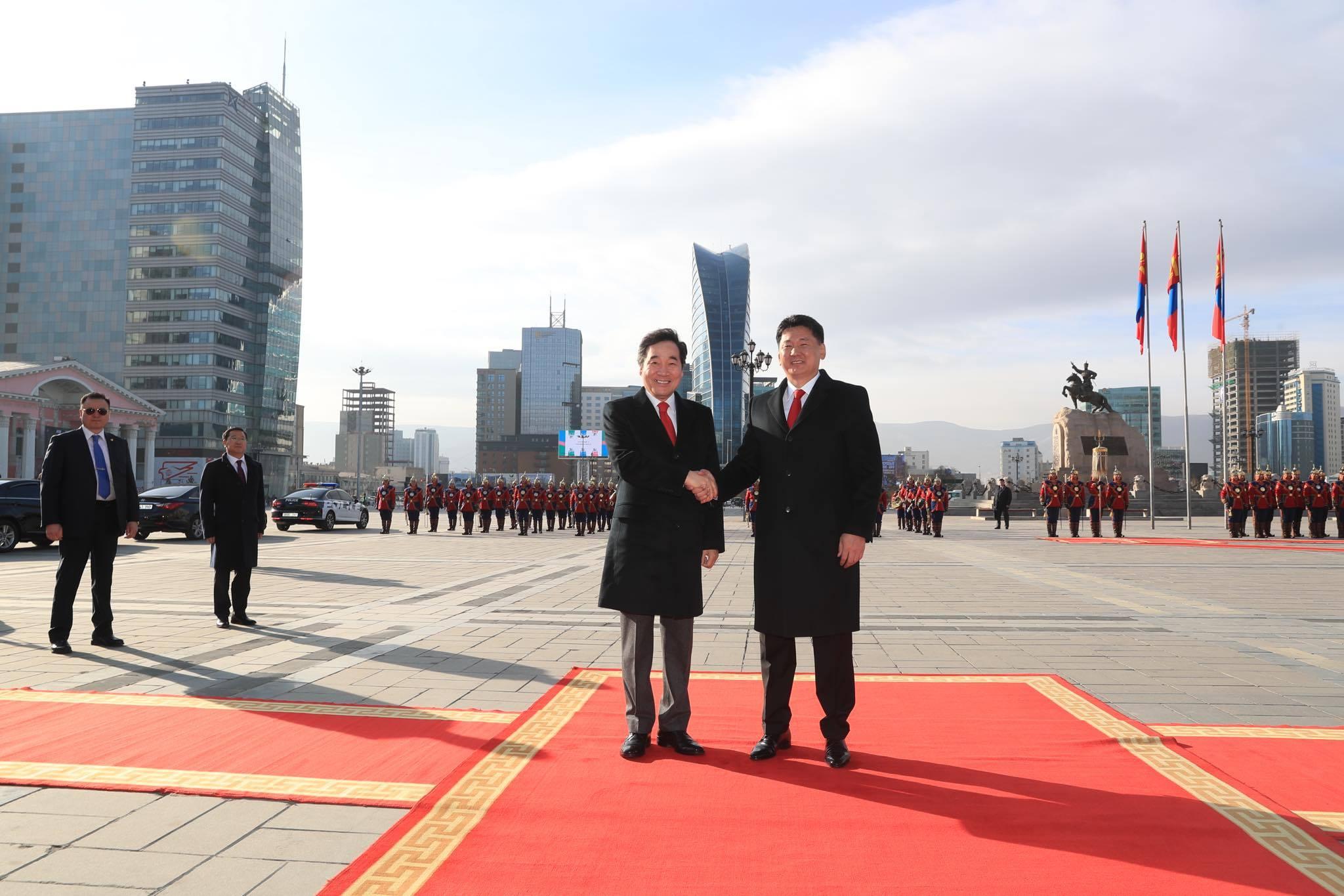 БНСУ, Монгол Улсууд харилцан визгүй зорчих асуудлыг судлан шийдвэрлэхээр болов