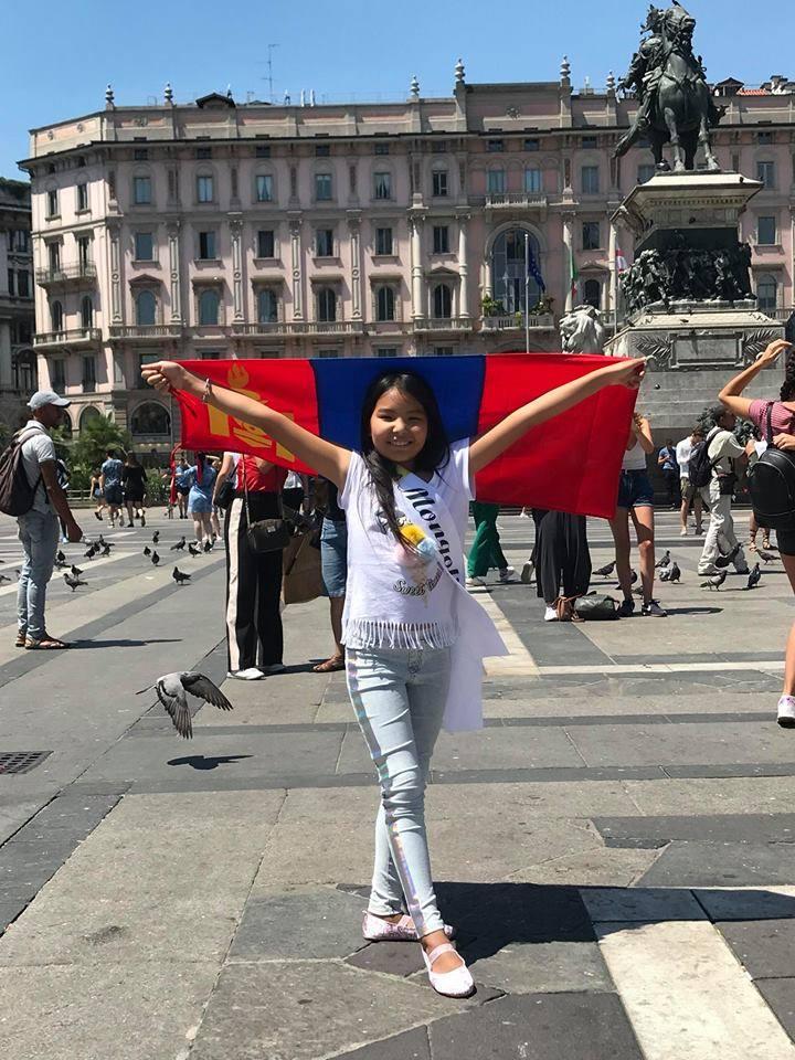 Италид Монгол охид өрсөлдөж байна