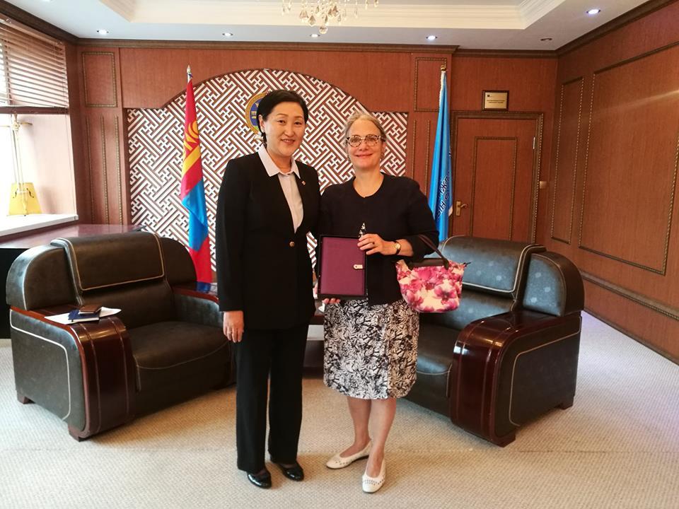 Франц-Монголын хамтарсан сургууль байгуулах талаар санал солилцлоо