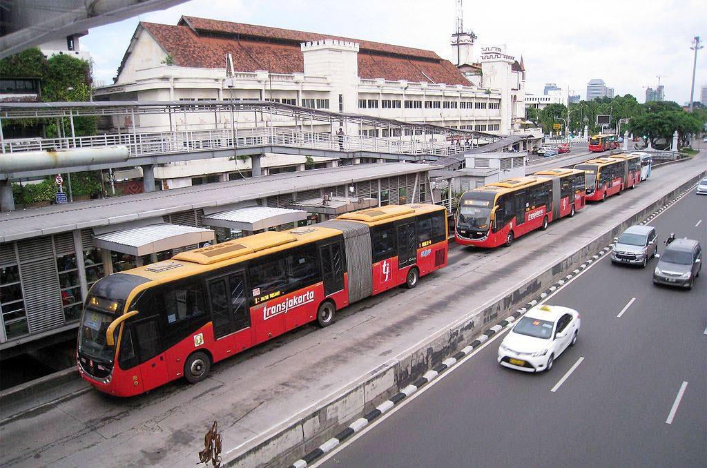 Метрог халах BRT буюу тусгай замын автобус
