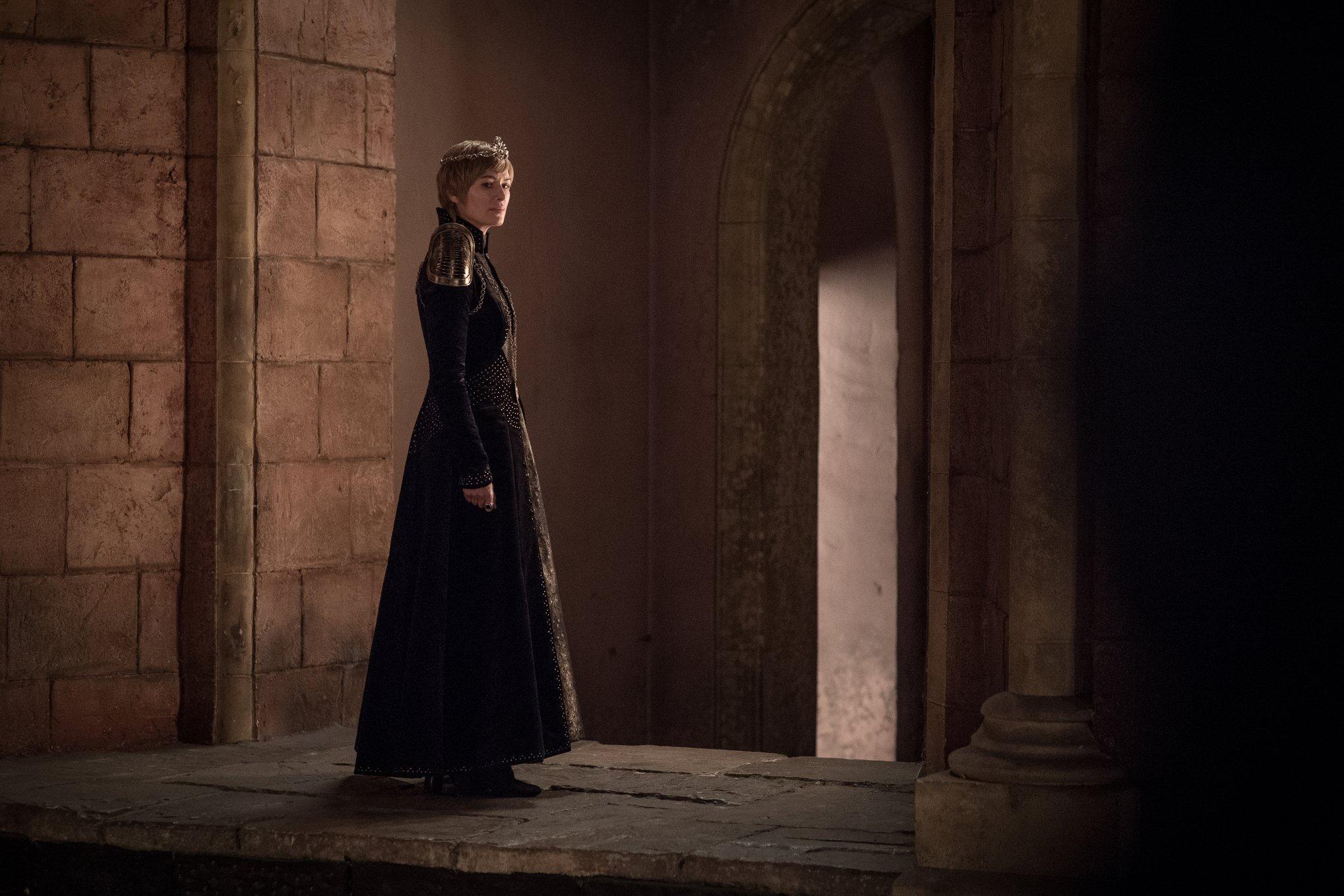 """""""Game of Thrones"""" киноны дараагийн бүлгийн зургуудыг дэлгэлээ"""