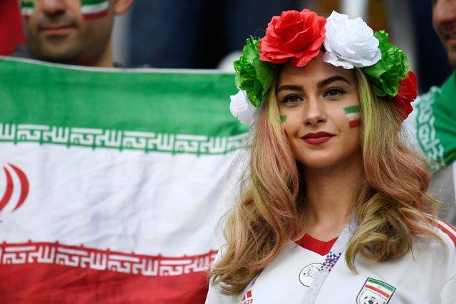 Багаа хөгжөөн дэмжсэн орон орны үзэсгэлэнт бүсгүйчүүд