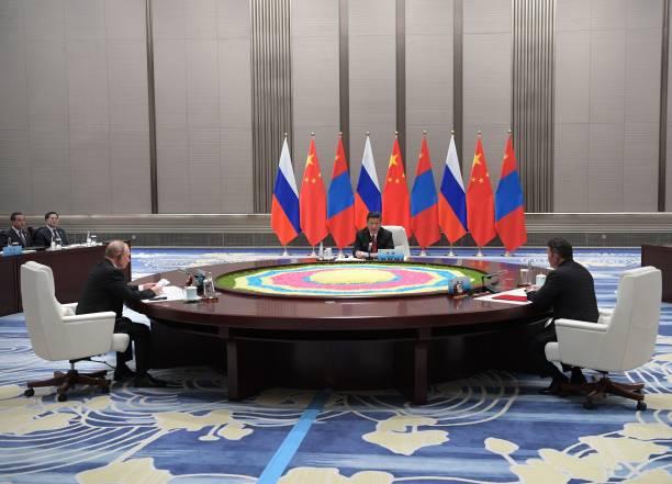 БНХАУ руу тавих нефть, хийн хоолойг Монголоор дамжуулахыг В.Путин дэмжжээ