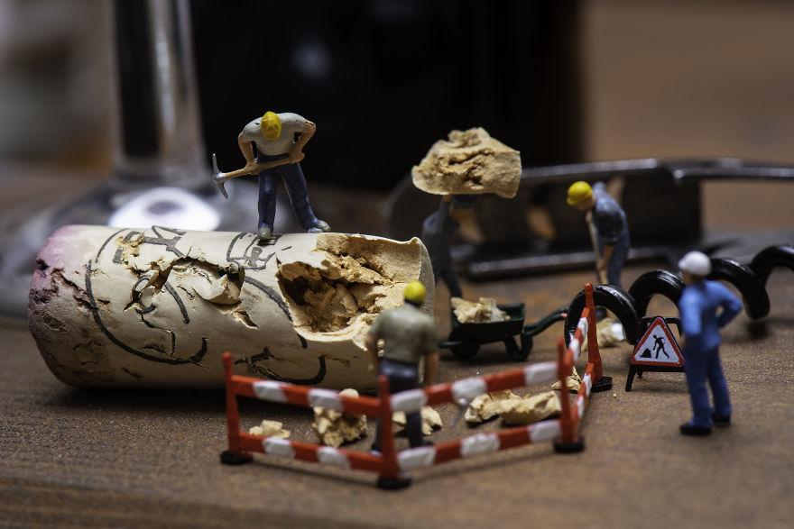 """Tiny Wasteland"" буюу бичил урлаг"
