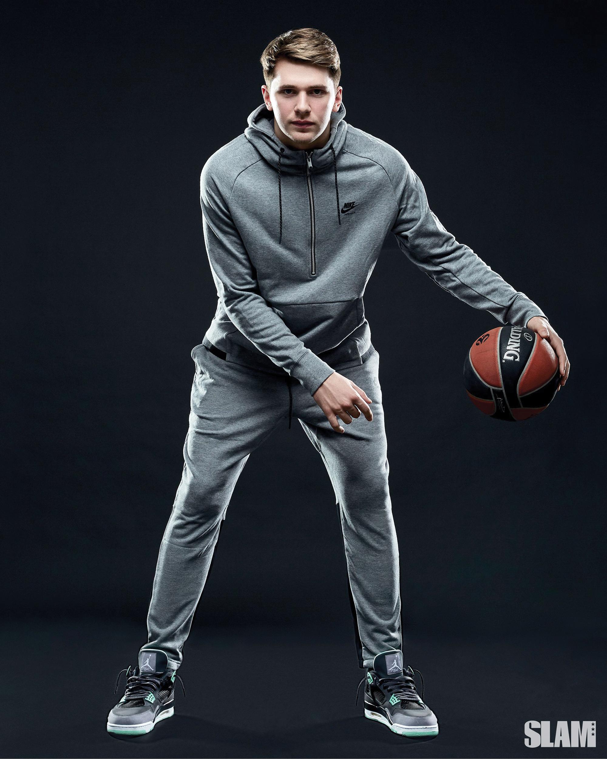 NBA-ийн шинэ, залуу од Лука Дончич гэж хэн бэ?