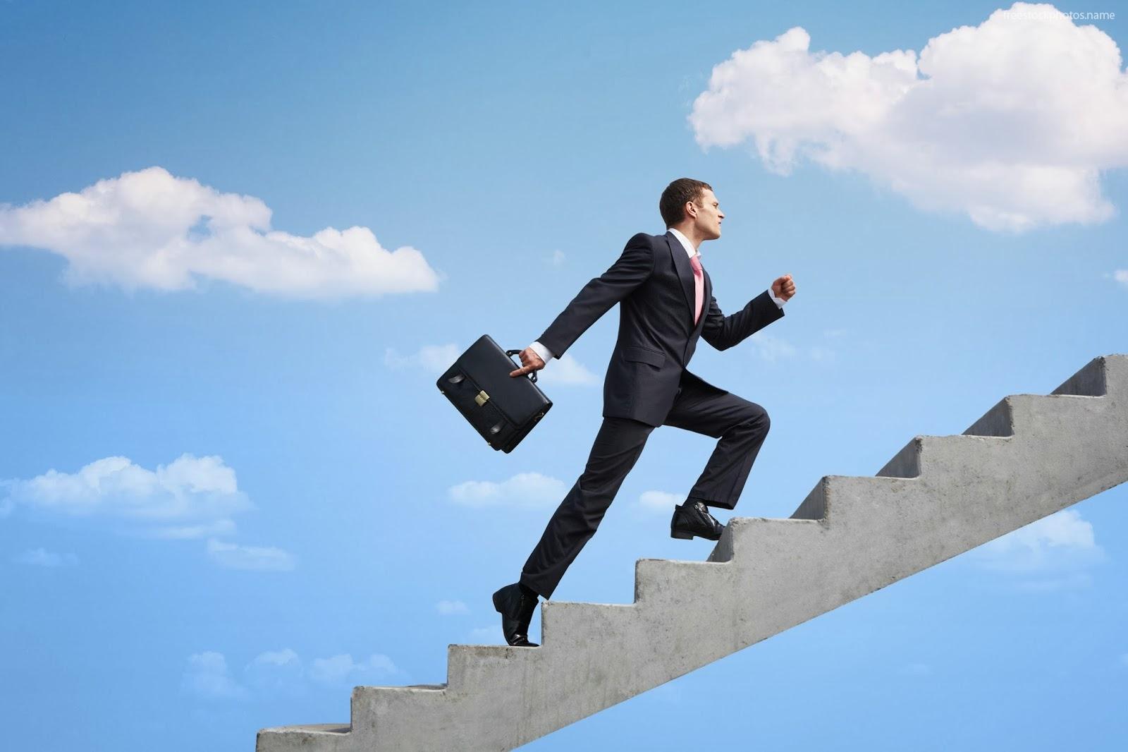 administrativosss Амжилт хэнд ирдэг вэ?