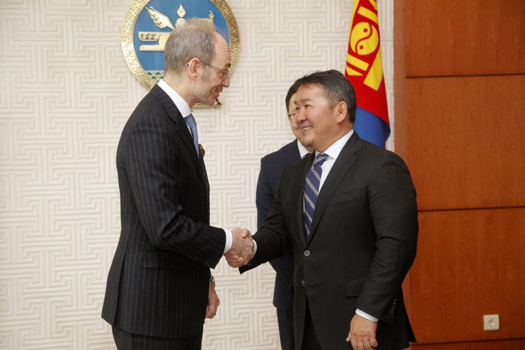 Монгол Улсад суух Элчин сайдууд итгэмжлэх жуух бичгээ өргөн барилаа