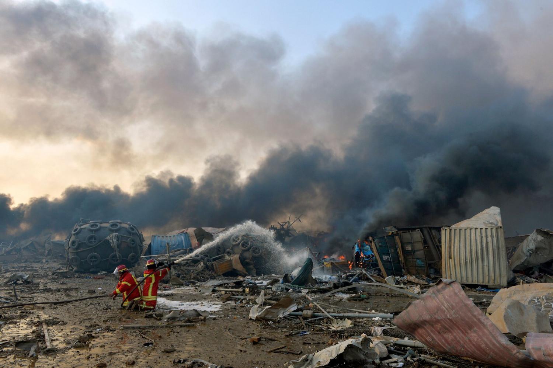 Ливанд хүчтэй дэлбэрэлт болж, 78 хүний амь эрсдэж, 4000 хүн шархаджээ